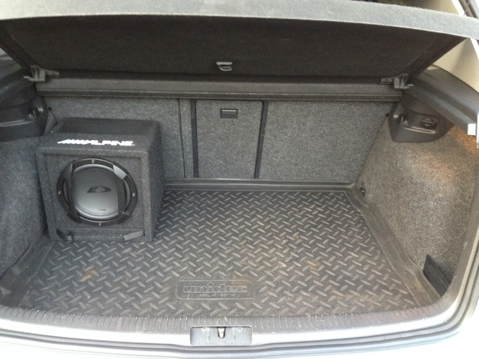 Audison thesis basso subwoofer